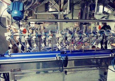 Maquina de envase linear de 16 bicos pote (5)