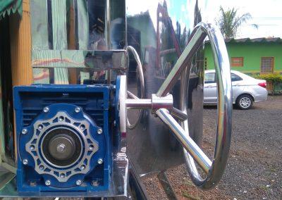 Reator basculante de 500 litros inox volante redutora